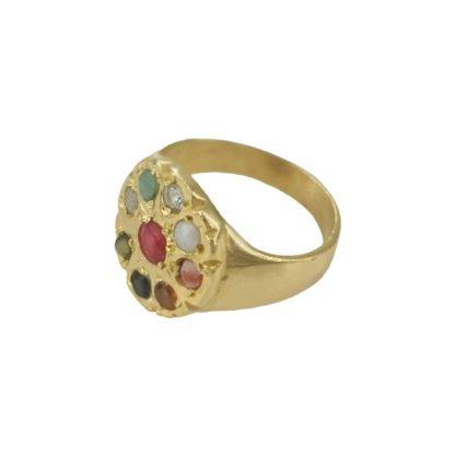 idée de cadeau bijoux femme bague chevalière doré avec pierres