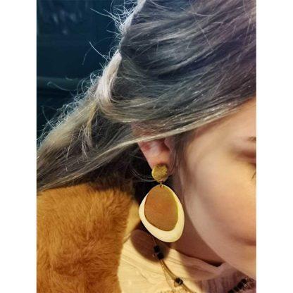 boucles d'oreilles en laiton recyclé de la marque Soko bijoux chez Dolita
