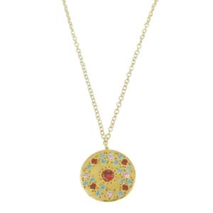 Tendance bijoux femme le collier médaille dorée avec incrustation de pierres réalisé par une créatrice parisienne pour Dolita bijoux