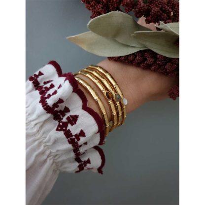 Bracelet jonc de la créatrice parisienne Eva Krystal chez Dolita bijoux